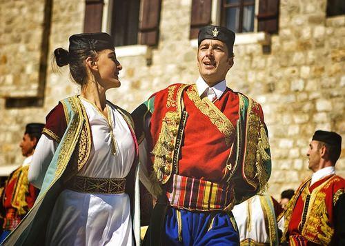 Артисты, музыканты, танцевальные коллективы в Черногории